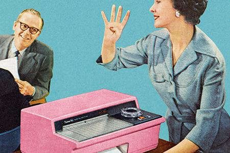 Digitaliseringen aktualiserar två klassiska organisationsfrågor i relationen mellan teknik och styrning. Den första frågan gäller i vilken utsträckning möjligheterna